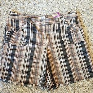 NWT plus size plaid cotton shorts
